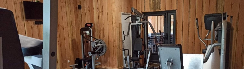 CAMPING LES VERNIERES - LA BOURBOULE - salle de fitness - Sport